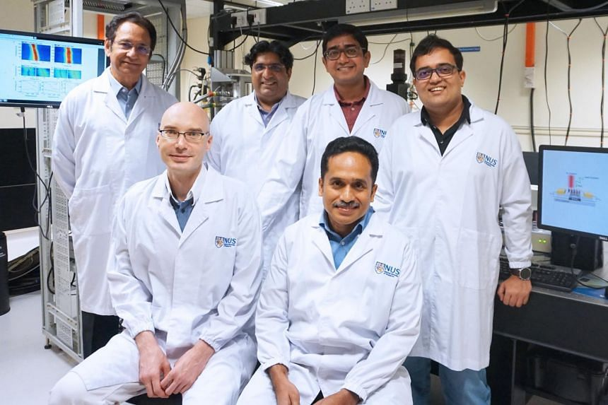 The new quasiparticle named 'polaronic trion' was uncovered by a team led by Professor Thirumalai Venky Venkatesan (back row, first from left), director of the National University of Singapore Nanoscience and Nanotechnology Initiative.