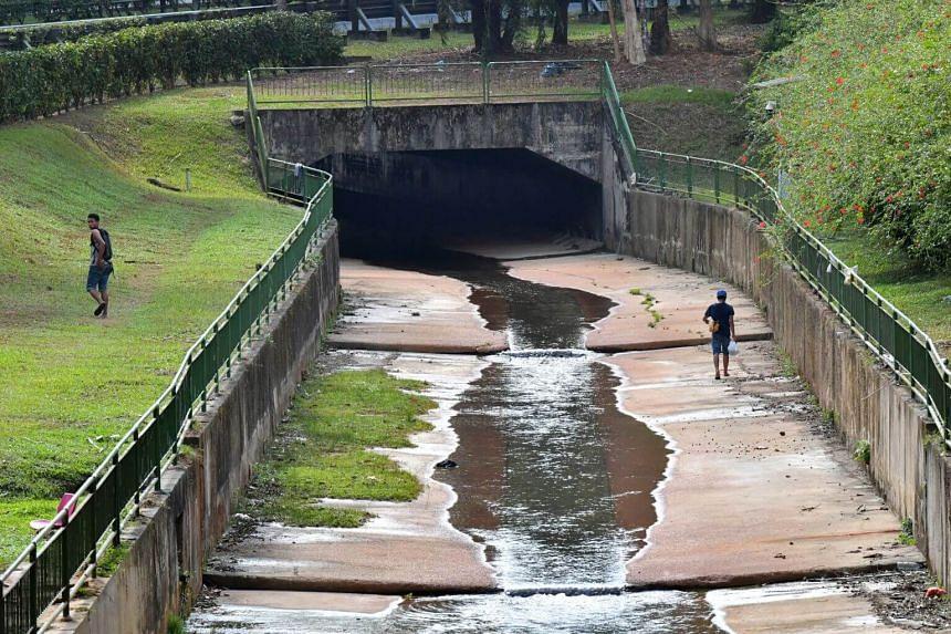The monsoon drain below Zhenghua Flyover in Bukit Panjang.