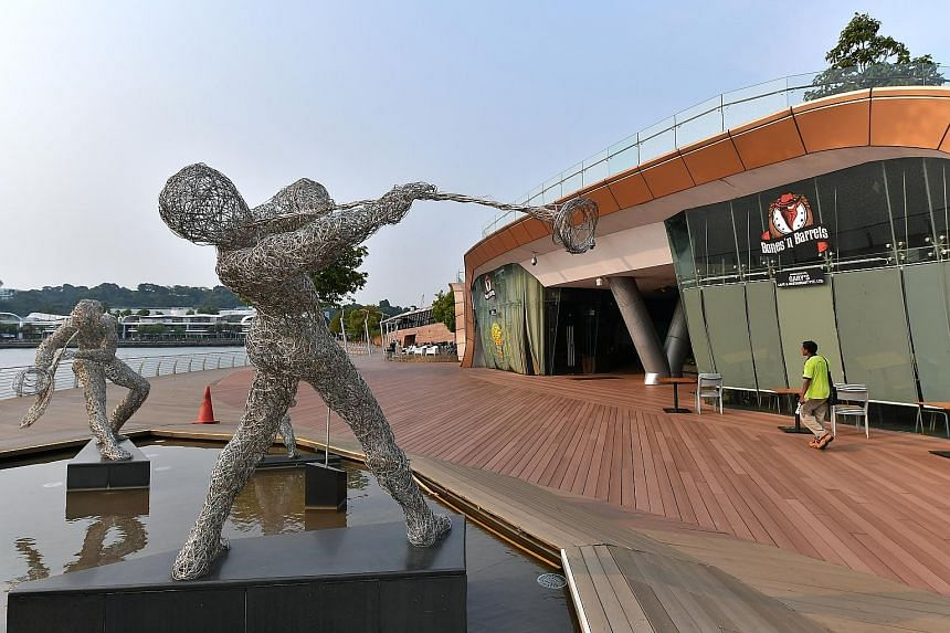 Bones 'n Barrels (above) and The Wine Company are the only two businesses left on the boardwalk, apart from vending machines. The Wine Company said it will move out by January next year. The 700m-long Sentosa Boardwalk, which connects VivoCity to the