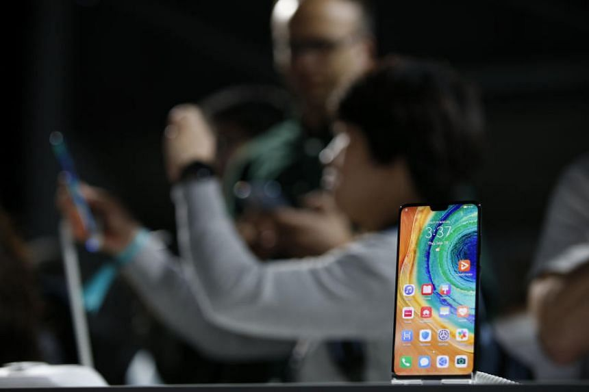 Chinese tech giant Huawei, which unveiled its Mate 30 and Mate 30 Pro smartphones on Sept 19, 2019, will invest US$1.5 billion (S$2.06 billion) in the next five years in an upgraded version of its existing developer programme.