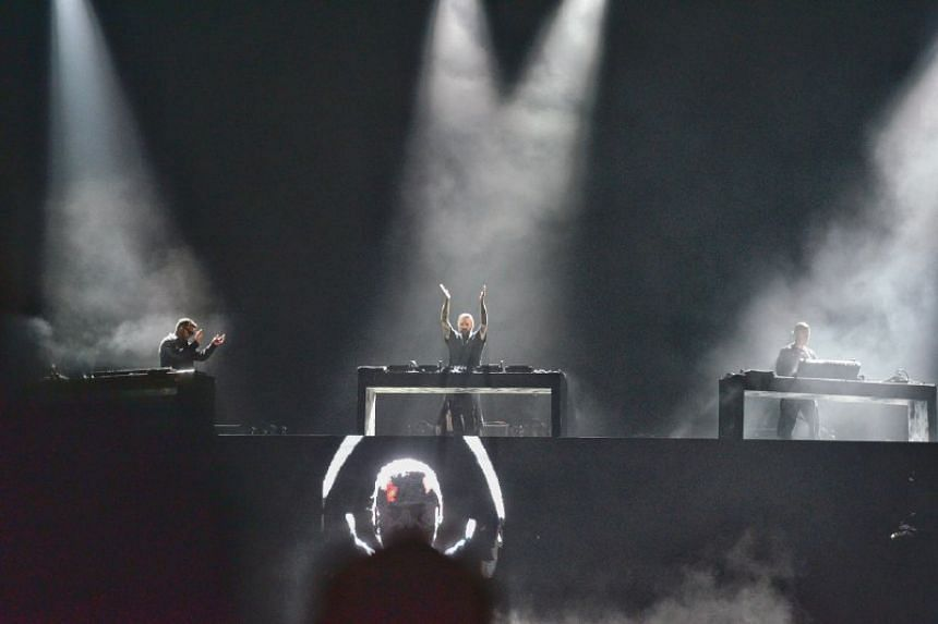 Swedish House Mafia thrill the F1 crowd.