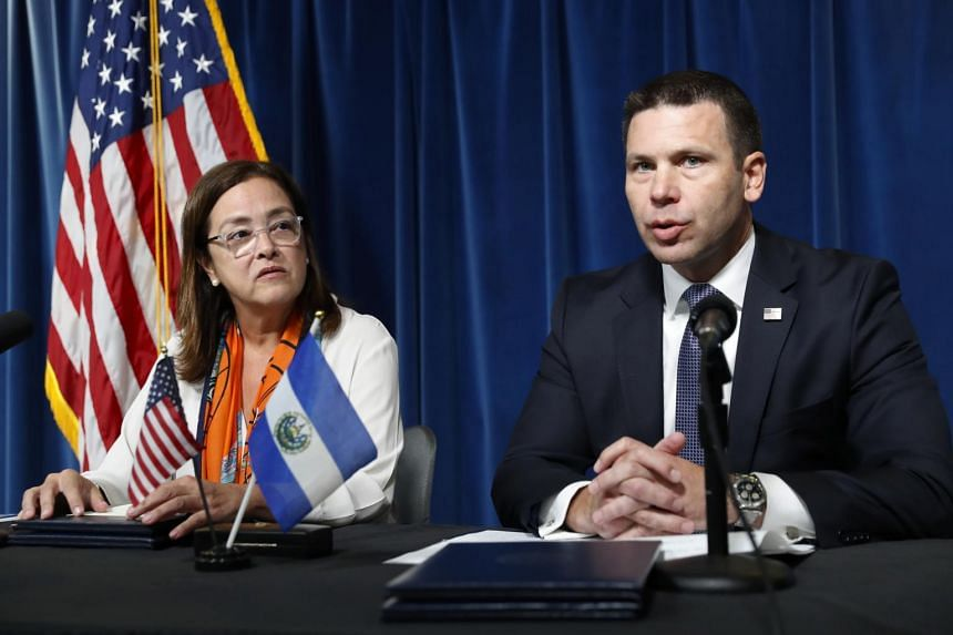 United States and El Salvador sign immigration agreement