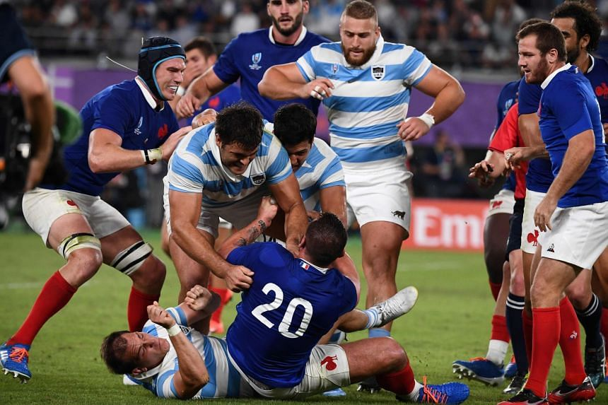 Late drop goal sees France survive Argentina Rugby World Cup fightback