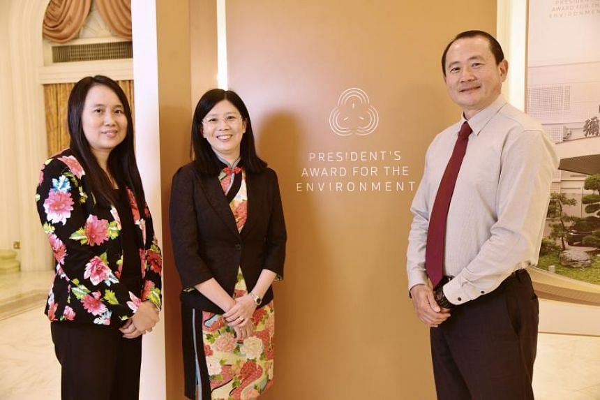 (From left) Elias Park Primary School principal Chua Pei Pei, Mee Toh School principal Wang-Tan Sun Sun and Singtel's group sustainability vice-president Andrew Buay at the President's Award for the Environment on Sept 26, 2019.