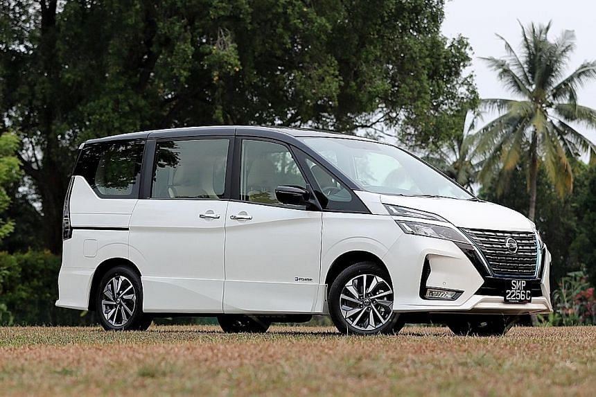 On a full tank, the Nissan Serena e-Power will cover around 500km, which is more than what most electric cars are capable of. The powered sliding doors can be activated by a tug on the handles, pressing buttons on the said handles, activating another