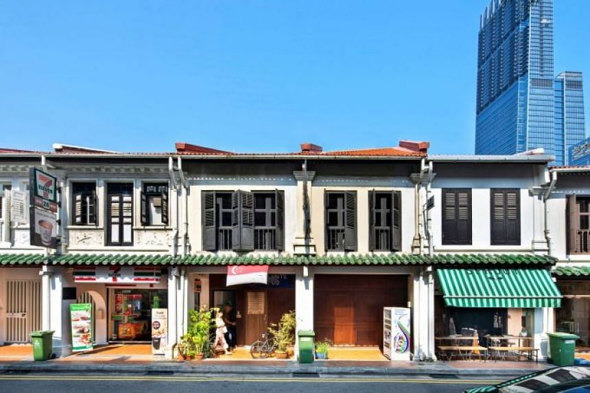 The shophouses at 39 and 40 Duxton Road are fully leased with a nightclub on the ground floor and offices on the upper floor.