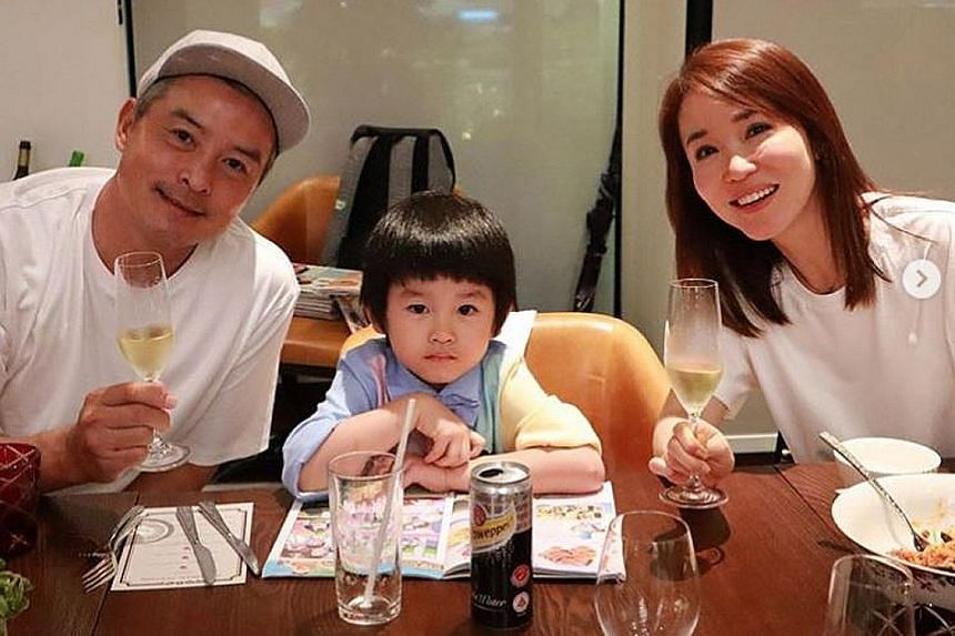 WEDDING ANNIVERSARY BASH: They played star-crossed lovers Yang Guo and Xiao Long Nu (Little Dragon Girl) in the local television adaptation of Louis Cha's classic wuxia drama, The Return Of The Condor Heroes, in 1998. They registered their marriage i