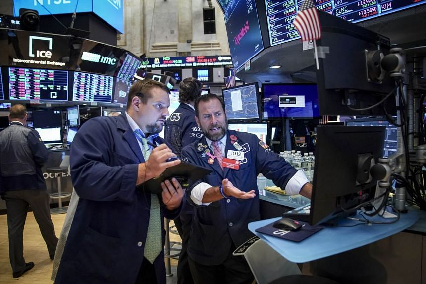 Futures slip ahead of crucial jobs report