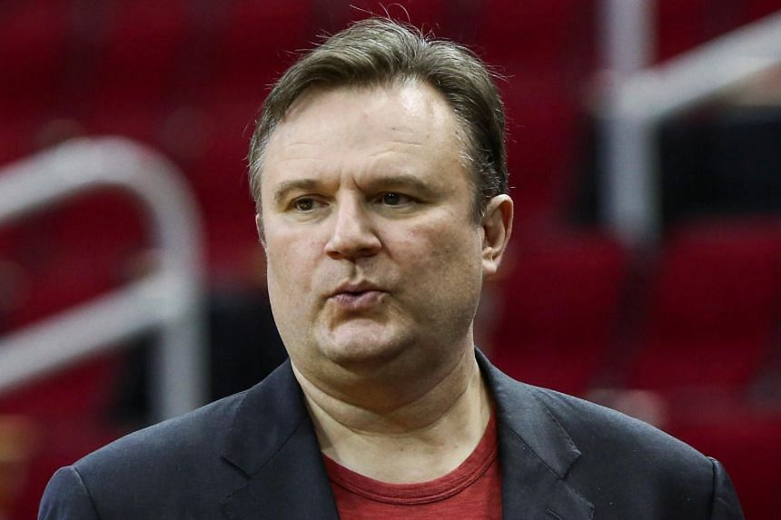 Rockets GM Daryl Morey tries to defuse tenuous spot with China after Hong Kong tweet