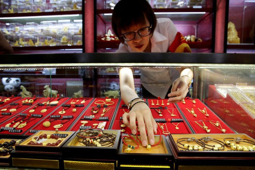 China's gold reserves rose for the 10th straight month in September.