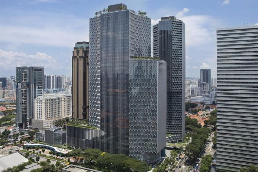 The five-star Andaz Singapore hotel occupies the top 15 floors of the 39-storey Duo Tower in the Beach Road mixed-use development by M+S.