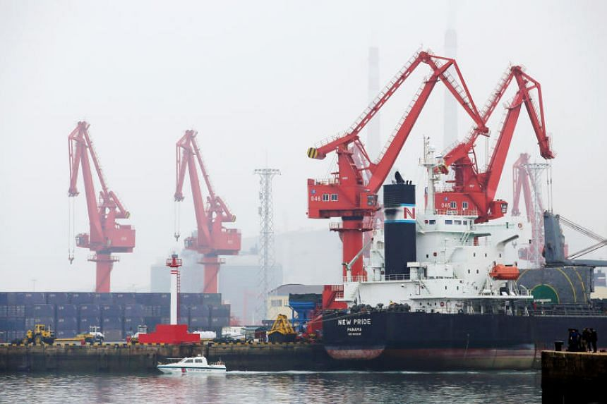 A photo taken on April 21 shows a crude oil tanker at Qingdao Port in China's Shandong province.