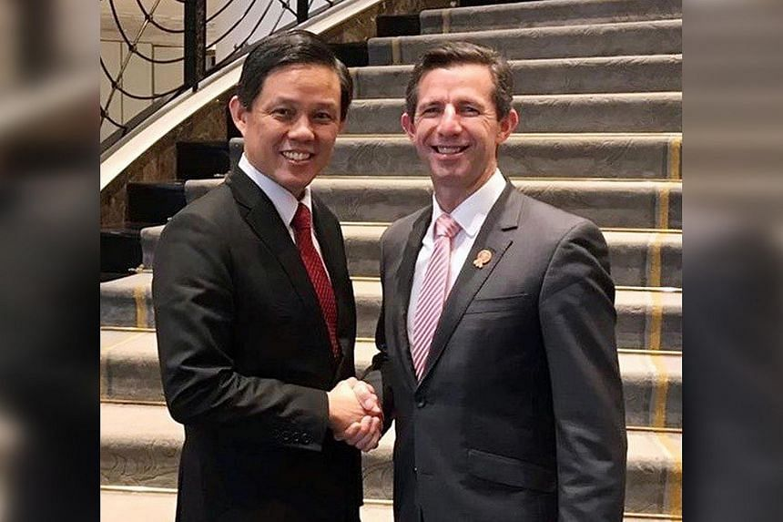 Singapore's Minister for Trade and Industry Chan Chun Sing and Australia's Minister for Trade, Tourism and Investment Simon Birmingham announced the launch of negotiations of digital economy pact in Bangkok on Oct 12, 2019.