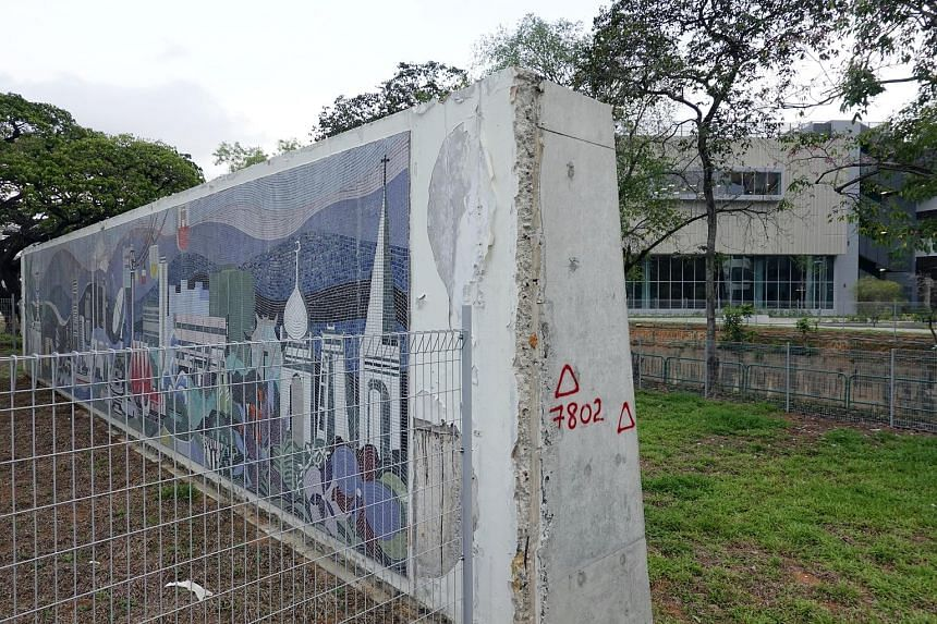 RGS is retaining a 1979 mosaic mural found at the former school site that depicts about 15 landmarks of Singapore. It is now up along the campus boundary fence in Braddell Road so the public can view it. The new Raffles Girls' School campus in Bradde