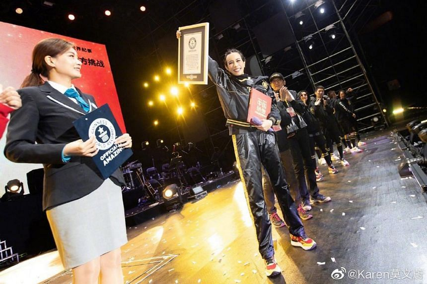 Karen Mok claimed a Guinness World Record after her Ultimate Karen Mok Show at the Lhasa Masses Culture & Sports Centre Oct 12, 2019.