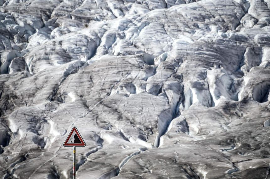 """According to an annual study on the state of the glaciers published by the Cryospheric Commission at the Swiss Academy of Sciences, measurements on 20 Swiss glaciers have shown that melt rates this year have reached """"record levels""""."""