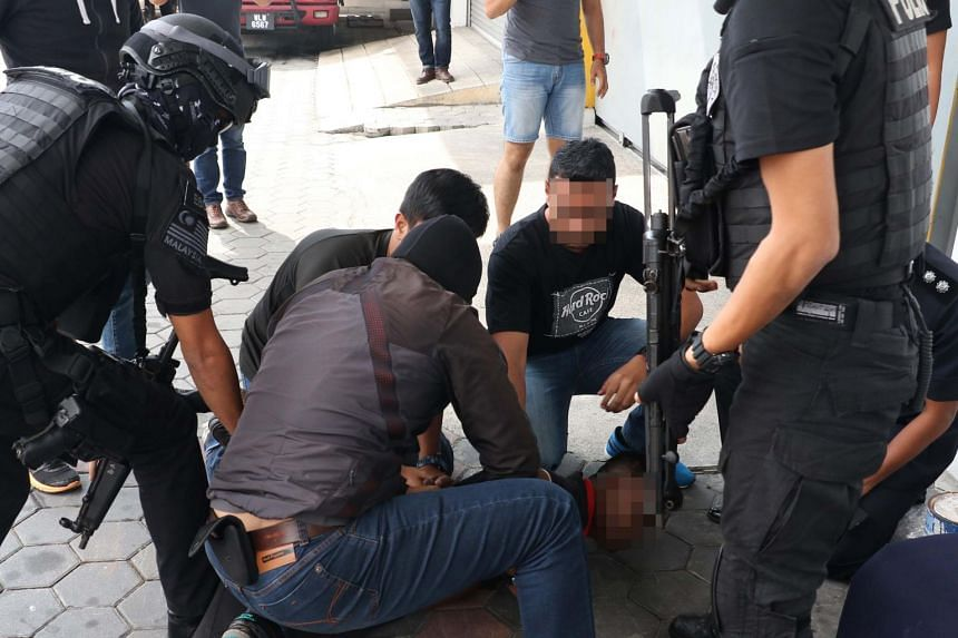 Counter-terror police in Malaysia arrest men, said to be sympathisers of the defunct Liberation Tigers of Tamil Eelam in Sri Lanka, in Melaka and Penang.