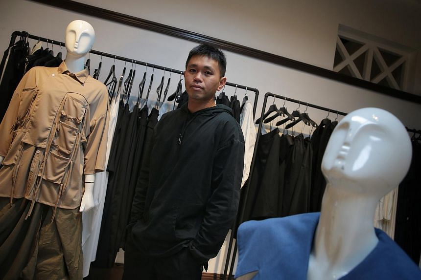 Fashion designer Max Tan's debut production as a costume designer was a four-actor show by Toy Factory Productions in 2015.