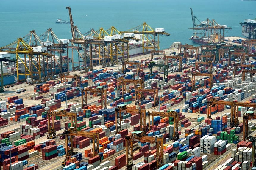 Non-oil domestic exports fell by 8.1 per cent in September, which was better than the 9 per cent fall in August.