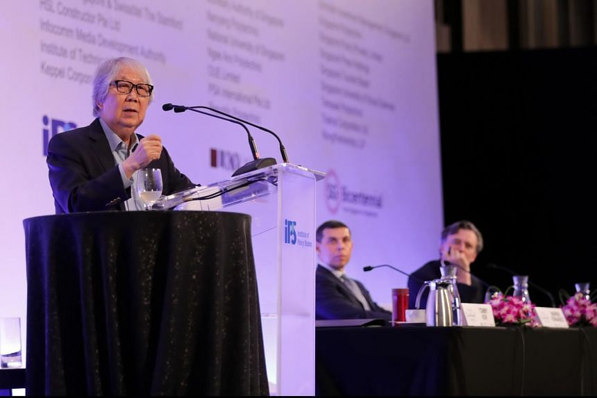 Professor Tommy Koh (left) speaking at the Singapore Bicentennial Conference on Oct 1, 2019.