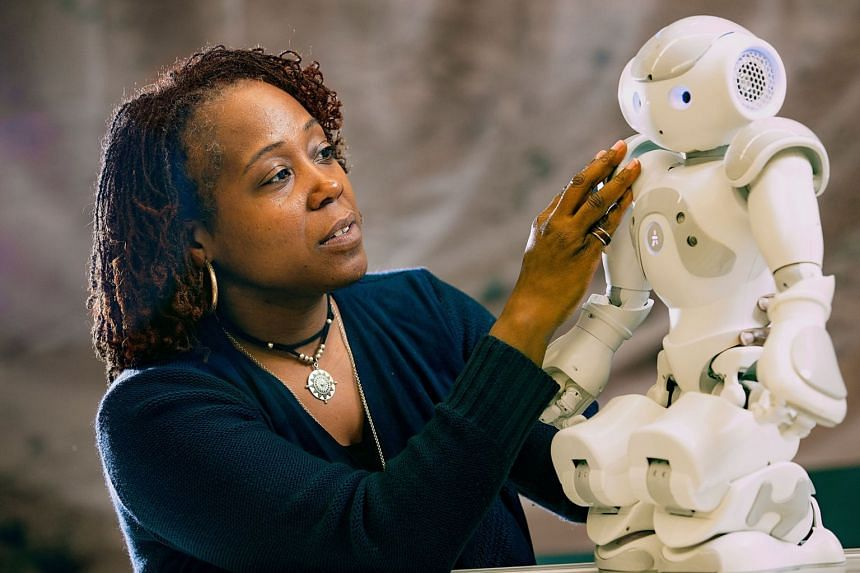 Global robotics expert Ayanna Howard raised questions about the way autonomous vehicle tests are currently conducted overseas but also said there is little reason to fear technology.