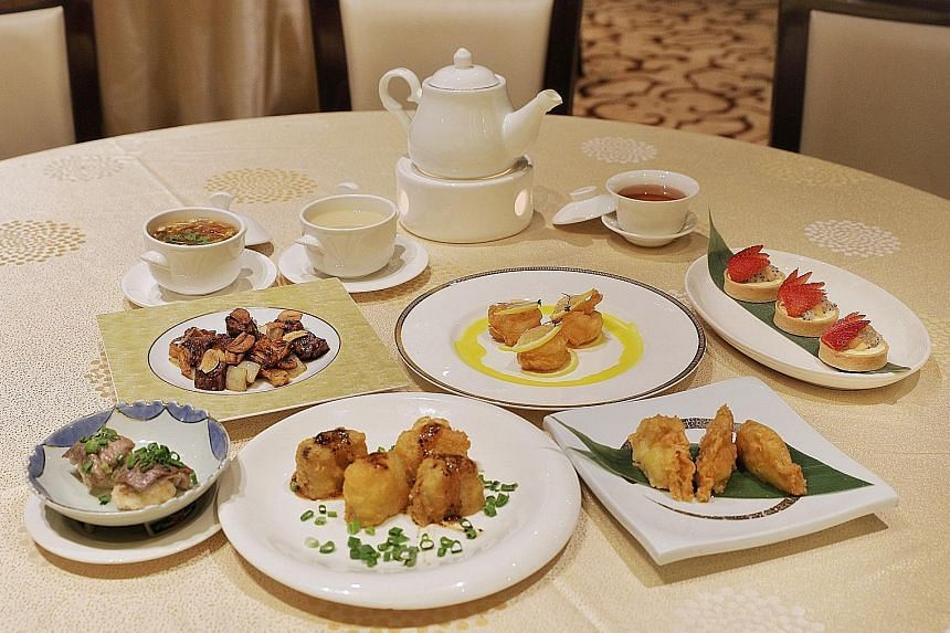 Feng Shui Inn serves both classic dim sum such as har gau and char siew bao, and more modern interpretations like chicken glutinous rice with black truffle.