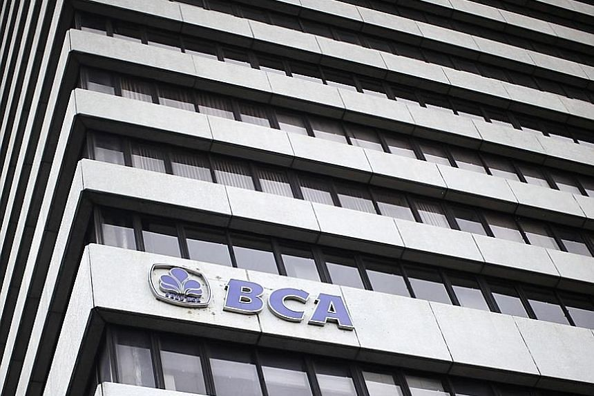 From restricting the amount of drinking water to imposing an Internet quota for staff, the focus on reining in costs has been central to Bank Central Asia's strategy. Indonesia's largest non-state bank reported yesterday a net income of 8.1 trillion