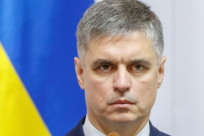 Ukraine Foreign Minister Vadym Prystaiko said that it was normal for Ukraine and the US to use formal and informal channels to conduct diplomacy.