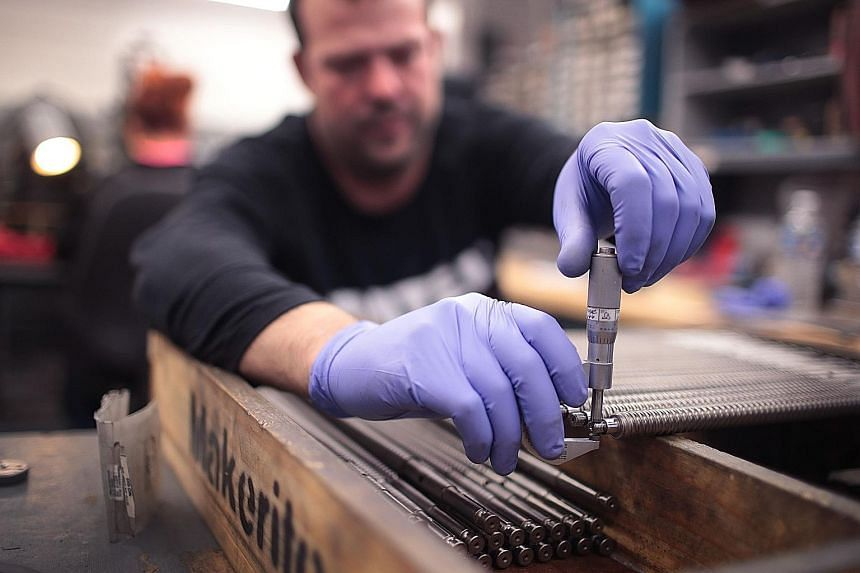Without the impact of the General Motors strike, employment in the US manufacturing sector would have risen last month. PHOTO: AGENCE FRANCE-PRESSE