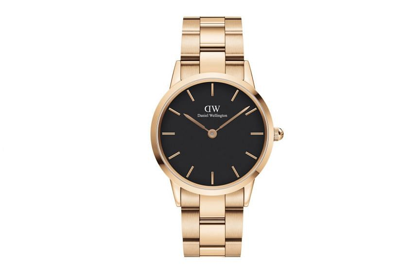 Daniel Wellington launches first link watch.