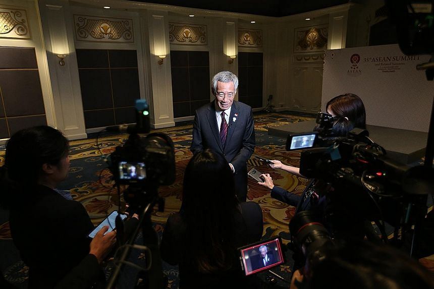 PM Lee Hsien Loong doing a wrap-up interview with Singapore media on the Asean Summit, where he also touched on the RCEP.