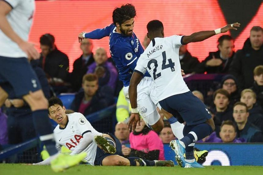 Everton's Gomes has ankle surgery after horrific injury