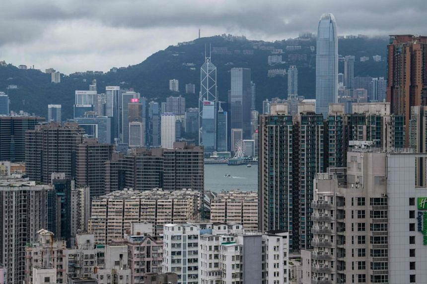 Preliminary government data showed that Hong Kong's economy slid into recession for the first time in a decade in the third quarter.