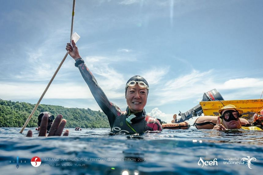 Freediver Lim Anqi set a new mark of 50m for third place at the Aida Sabang International Freediving Competition 2019.