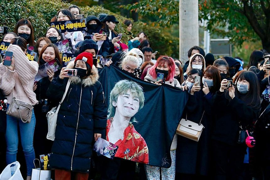 Fans of G-Dragon waiting for the K-pop star to be discharged from the military last month. South Korea may boast K-pop and smartphones, but its best and brightest are missing out on the hottest innovation trends.