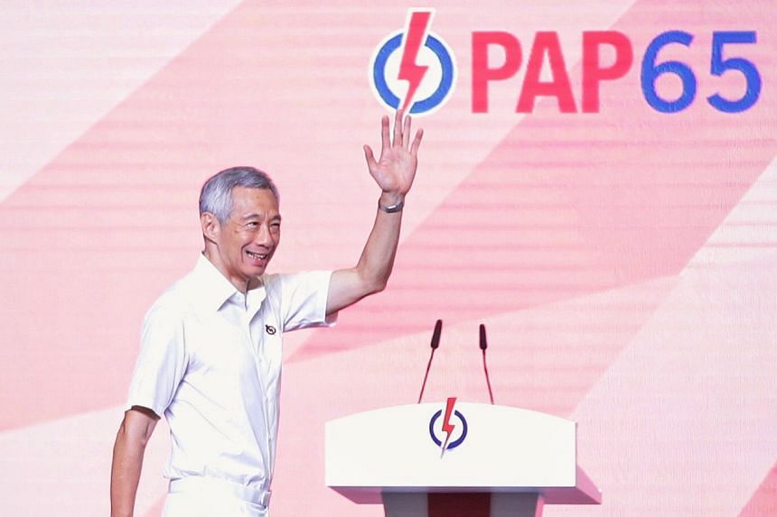 PM Lee Hsien Loong greeting PAP activists at the convention at Singapore Expo, on Nov 10, 2019.