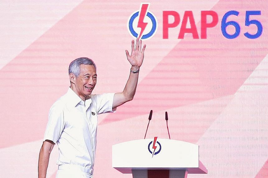 Prime Minister Lee Hsien Loong yesterday called on activists to work hard to convince Singaporeans to give the ruling party the mandate to lead the country again in the coming election.