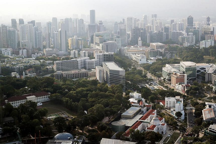 """Singapore has benefited from an increase in interest among investors who are avoiding China and Hong Kong, which are seen as """"geopolitical flashpoints"""". ST PHOTO: GIN TAY"""