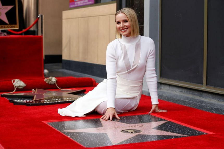 Kristen Bell redefines 'Let It Go' in Walk of Fame speech