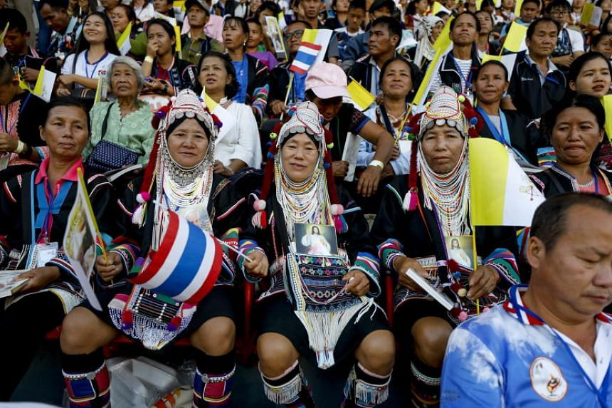 Crowds arrive ahead of Pope Francis' Holy Mass in Bangkok