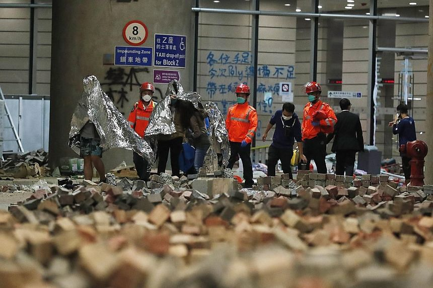 Hong Kong protests slacken ahead of closely watched poll