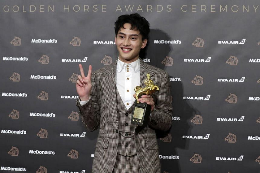 Taiwanese actor Fandy Fan with his award for Best New Performer for his role in We Are Champions.