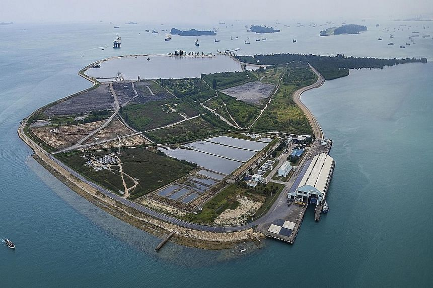 Semakau Landfill, the first offshore landfill in the world, has won the National Environment Agency this year's Hassib J. Sabbagh Award for Engineering Construction Excellence. The international award, presented by the World Federation of Engineering Orga