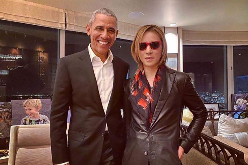 Former US president Barack Obama turned up at a party in San Francisco to celebrate the birthday of X Japan band leader Yoshiki.