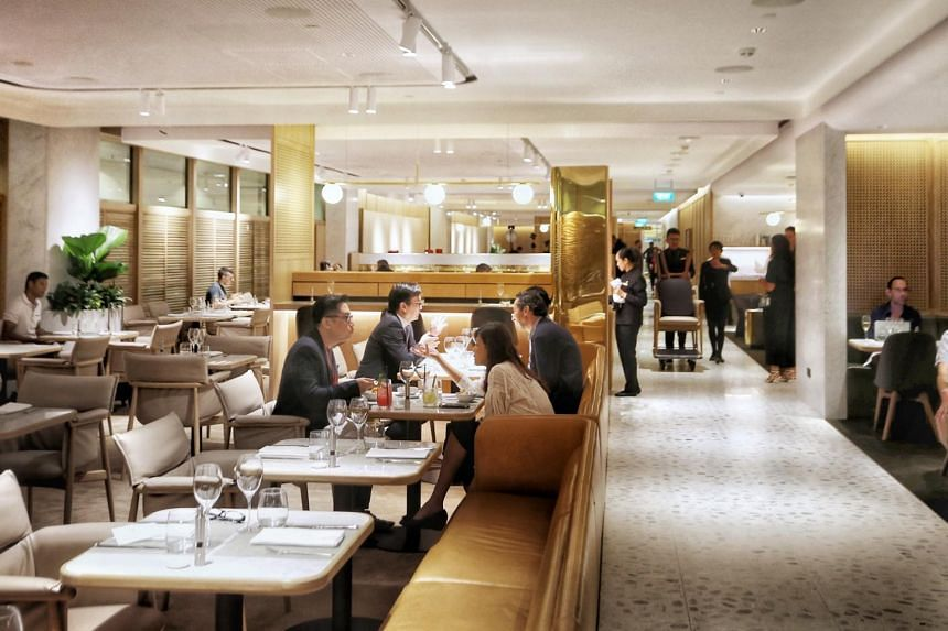 The lounge will be open to first-class and top-tier frequent flyers from Qantas and oneworld aviation alliance.