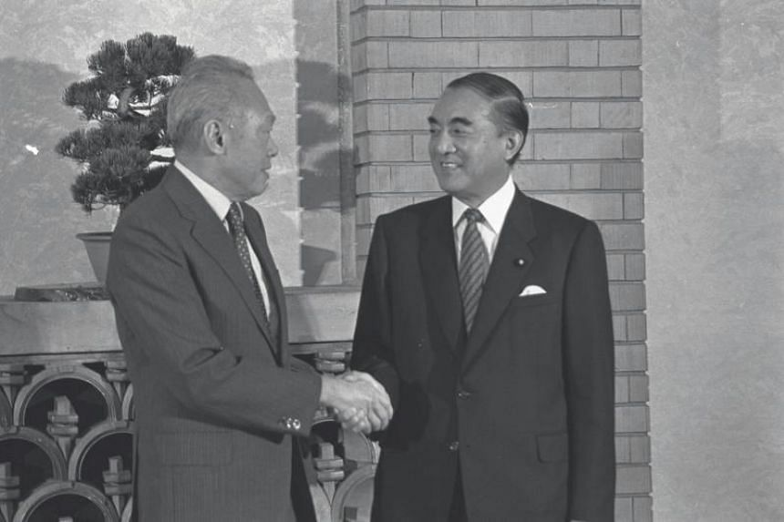 Then Japanese Prime Minister Nakasone Yasuhiro (right) with Mr Lee Kuan Yew prior to their meeting in Tokyo, on Oct 16, 1986.