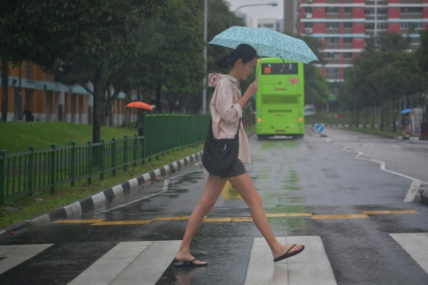 The lowest daily minimum temperature noted in Singapore since records were available in 1929 was 19.4 deg C, on Jan 30 and 31, 1934.