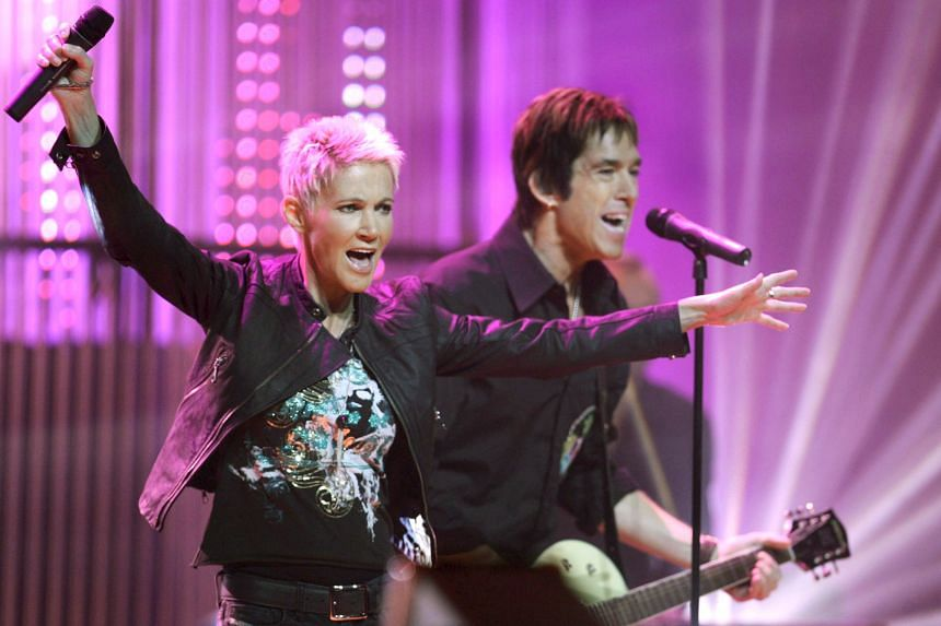 A photo taken on Oct 21, 2006, shows Roxette's Marie Fredriksson and Per Gessle performing in Hamburg, Germany.