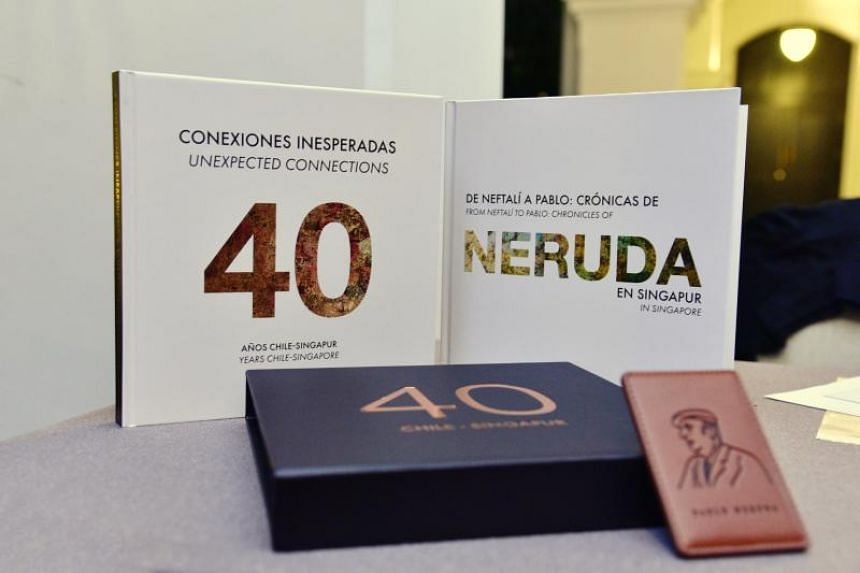 The two books were launched  to commemorate the 40th anniversary of diplomatic relations between Chile and Singapore.