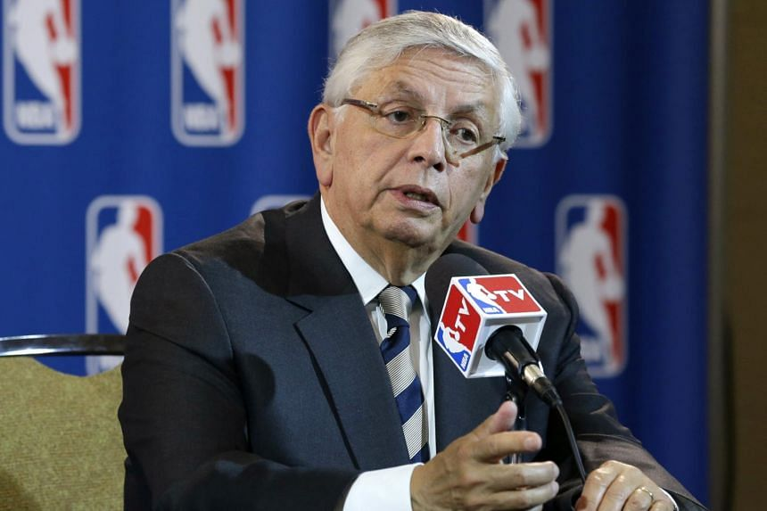 Former NBA commissioner David Stern undergoes emergency surgery after brain hemorrhage